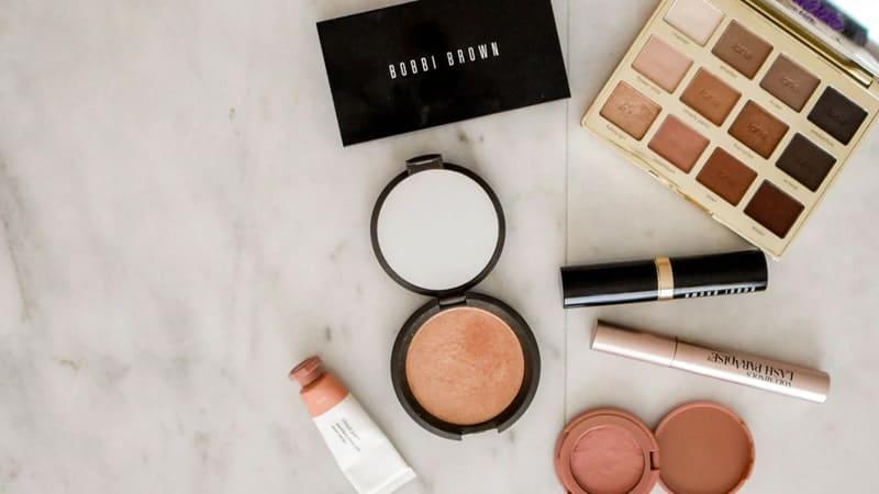 Perusahaan Kosmetika Terbesar di Dunia - Makeup