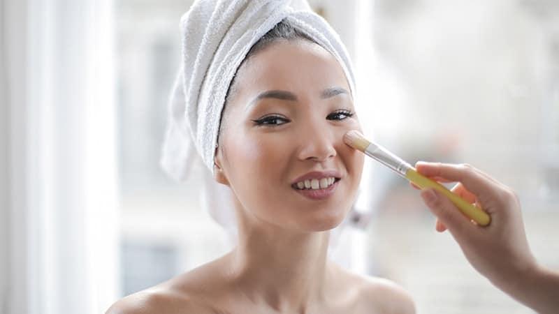 Tips Make Up - Menggunakan Blush On