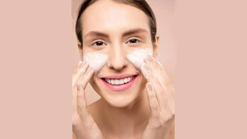 Cara Menggunakan Viva Milk Cleanser dan Face Tonic yang benar