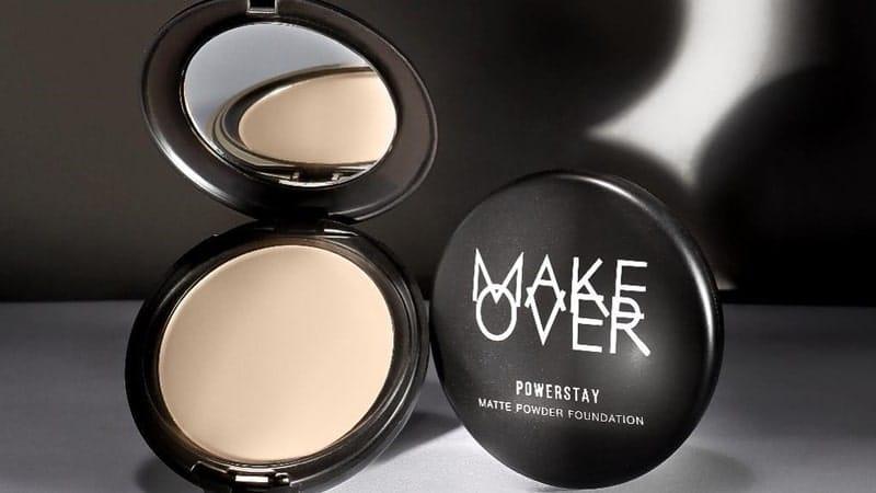 Bedak yang Cocok untuk Kulit Berminyak - Make Over Powerstay Matte Powder Foundation