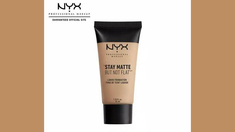 Foundation yang Cocok untuk Kulit Berjerawat - NYX Stay Matte But Not Flat Liquid Foundation