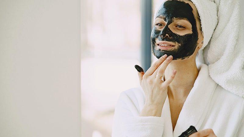 Produk Masker untuk Mengecilkan Pori-Pori Wajah - Masker Hitam