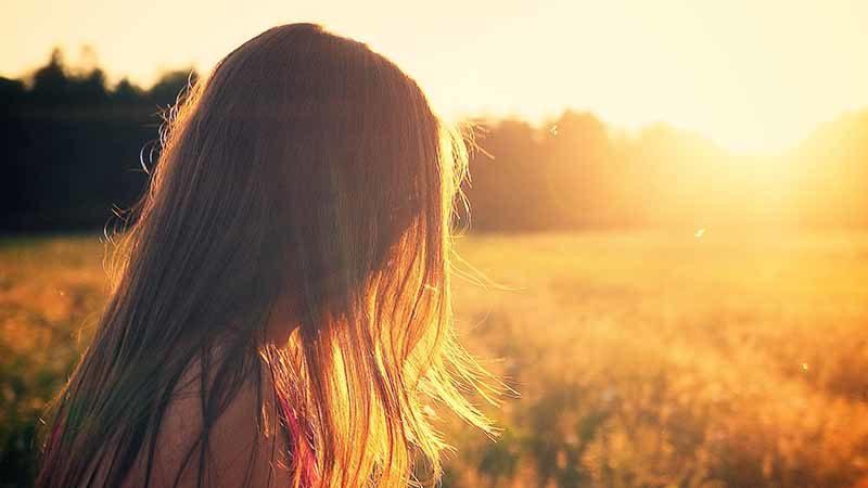 Perbedaan Sunscreen dan Sunblock - Berjemur