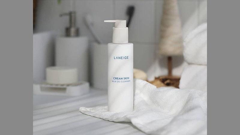 Macam-Macam Produk Laneige dan Fungsinya - Cream Skin Milk Oil Cleanser