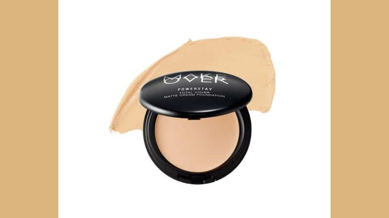 Foundation Make Over untuk Kulit Kuning Langsat - Powerstay Total Cover Matte Cream Foundation W22 Warm Ivory