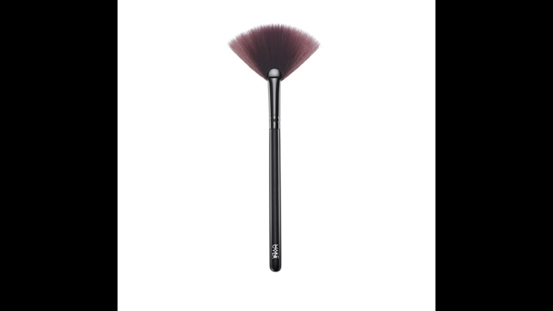 Alat Make Up Make Over - Fan Brush