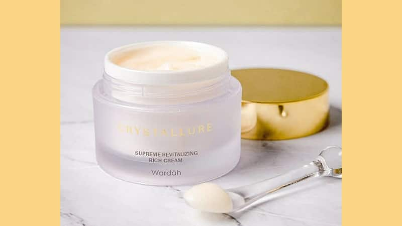 Wardah Crystallure Supreme Activating Overnight Cream