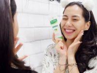 Rekomendasi Facial Wash untuk Kulit Berjerawat - Acnes